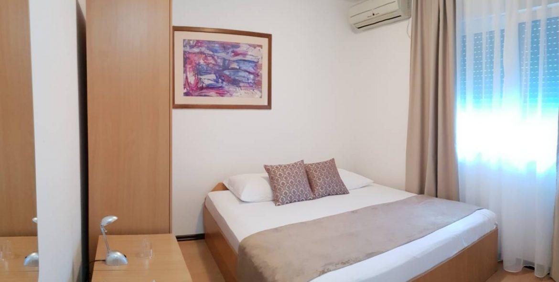 aparthotel amicus soba krevet za dvoje
