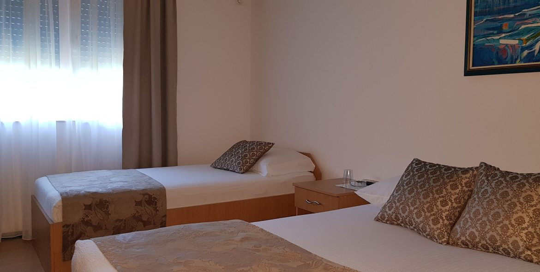 aparthotel amicus soba za troje