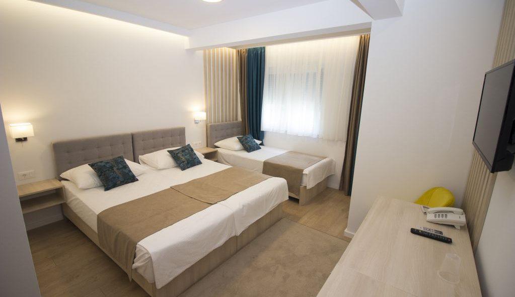 amicus aparthotel soba za tri osobe 2_6