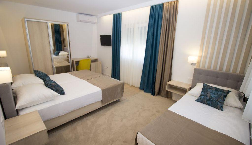 amicus aparthotel soba za tri osobe 2_9